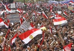 На юге Египта объявили чрезвычайное положение