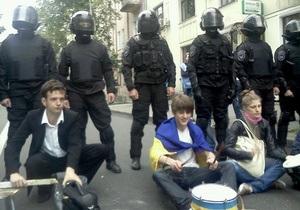 МВД: В акциях под Радой участвуют до девяти тысяч сторонников различных сил