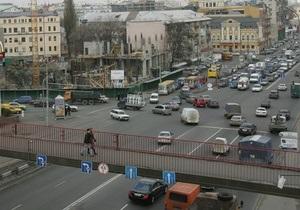 В Киеве на Подоле временно изменят движение автобусов
