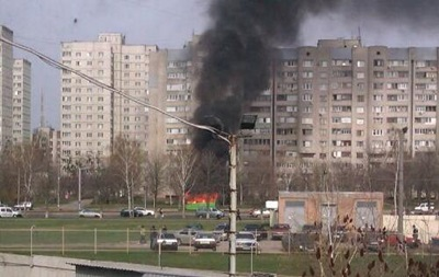 В Харькове загорелась маршрутка с пассажирами