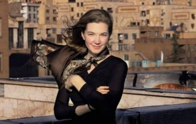 Туристки в Иране объявили войну хиджабу