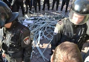 Фотогалерея: Установлению не подлежит. Беркут снес палатки оппозиции на Крещатике