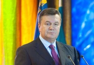 Янукович предлагает чернобыльцам сесть за стол переговоров