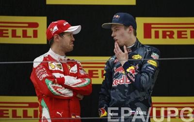 Феттель і Квят посперечалися після гонки через небезпечний маневр росіянина