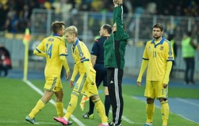 Тренер збірної: Зінченко поїхав в Росію грати в футбол, а не годувати сім ю
