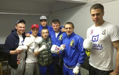Українські отамани програли перший чвертьфінал Всесвітньої серії боксу