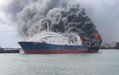 В Каспийском море горит танкер РФ: есть жертвы