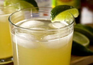 Рада может поднять втрое акциз на слабоалкогольные напитки