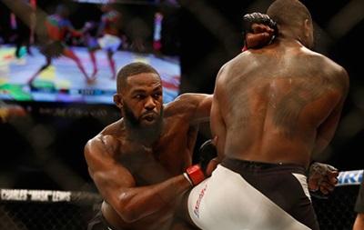 Джон Джонс завоював титул тимчасового чемпіона UFC