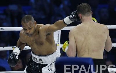 Рой Джонс планує провести бій з 52-річним боксером