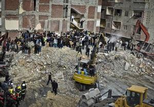 В Александрии обрушился жилой дом, погибли 17 человек