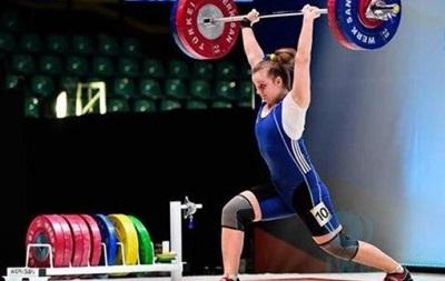 Найкращою спортсменкою квітня в Україні стала 19-річна важкоатлетка