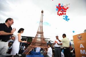 В столице Гондураса возвели копию Эйфелевой башни
