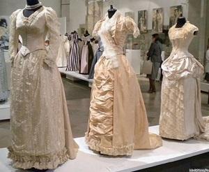 В Риге открывается выставка моды ар-нуво от Александра Васильева
