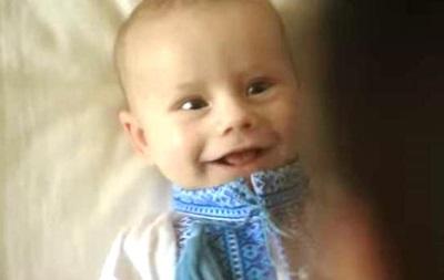 В Україні новонародженим 19 травня подарують вишиванки