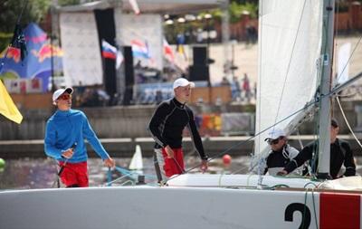 НОК допоміг українським вітрильникам отримати човен для Олімпіади