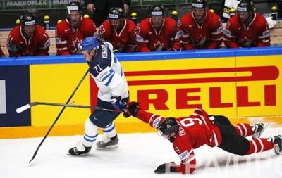ЧС з хокею: Фінляндія впевнено перемагає Канаду в битві лідерів