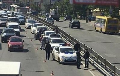 У Києві зіткнулися відразу 12 автомобілів