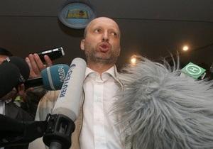 Турчинов призывает Генпрокуратуру вмешаться в ситуацию на избиркомах Донбасса