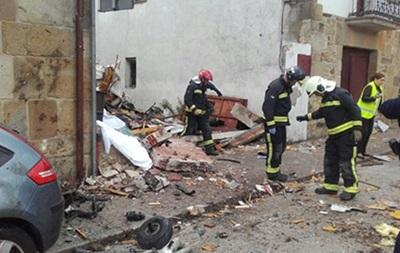В Іспанії після зіткнення з птахом впав літак