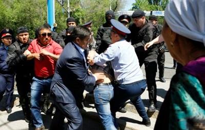 У Казахстані затримали десятки людей