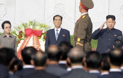 Тетя Ким Чен Ына живет в США и владеет химчисткой