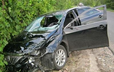 На Чернігівщині п яний водій в їхав у натовп випускників