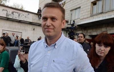 Навального допросили и обыскали по делу о клевете