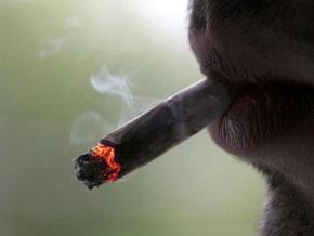 Табачников обвинили в чрезмерном повышении цен на сигареты