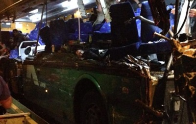 У Судані пасажирський автобус зіткнувся з автоцистерною: 32 загиблих
