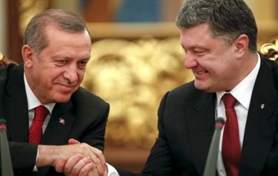 Порошенко: Турция готова отправить спецсамолет