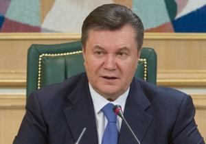 Ъ: Янукович прервет негласную изоляцию на саммите НАТО в Чикаго