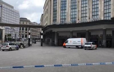Вокзал Брюсселя евакуювали через підозрілі валізи