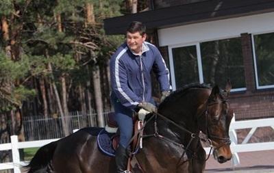 Онищенко просит прокуроров пустить его на Олимпиаду