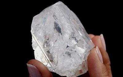 Крупнейший в мире алмаз не смогли продать с аукциона