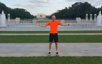 Яценюк показал фотографию с утренней пробежки по Вашингтону