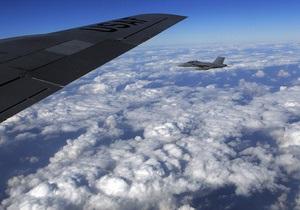На фоне совместных с США учений Япония заявила, что два истребителя из РФ нарушили ее воздушное пространство