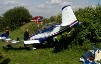 Под Львовом самолет совершил аварийную посадку