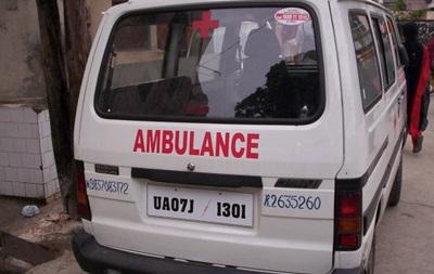В Индии четыре человека погибли при сносе торгового центра