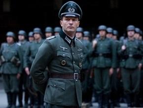 Румынский мэр возмутил общественность, промаршировав в нацистской униформе
