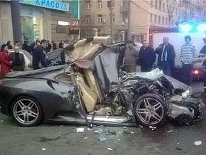 Москва: Ferrari на скорости 200 км/ч протаранил три иномарки