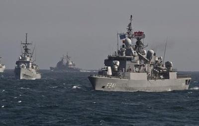 Столтенберг: Подразделениям НАТО в Турции ничего не угрожает