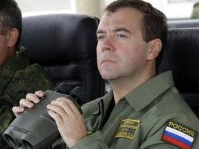 Медведев: В 2010 году армия РФ получит 11 космических аппаратов