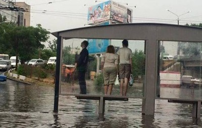 Дніпро затопила сильна злива