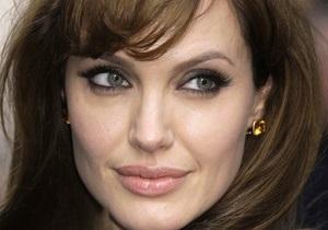 Анджелина Джоли станет ювелиром
