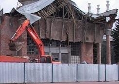 На реконструкции Харьковского аэропорта рухнул кран: погибли два человека