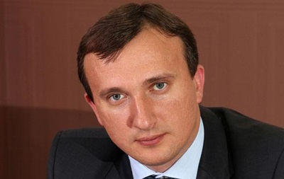 Земельний скандал: мер Ірпеня покинув Україну