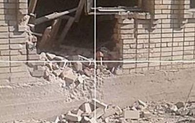 Появились новые фото обстрела школы в Красногоровке