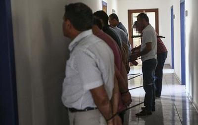 В Турции выдан ордер на арест 44 высокопоставленных чиновников