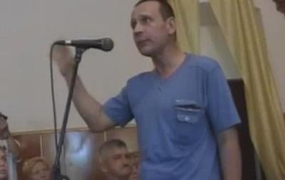 В Павлограде мужчину отправили в нокаут за  гражданскую войну  на Донбассе